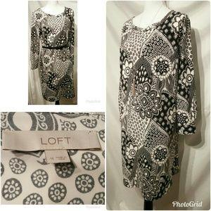 Ann Taylor Loft Bold Print Shift Dress Size M